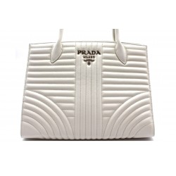 Prada Diagramme Quilted...